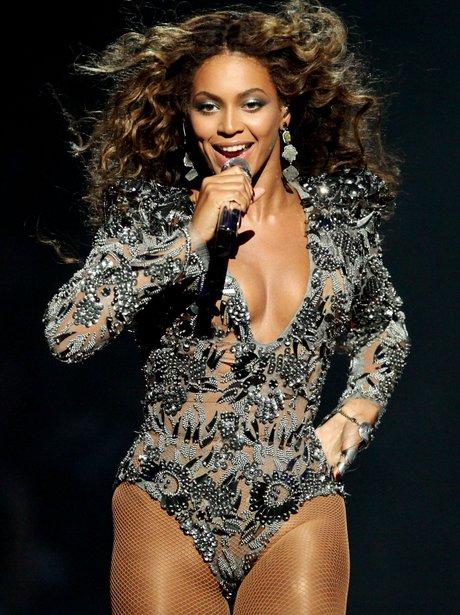 Beyonce at the VMAs in 2009