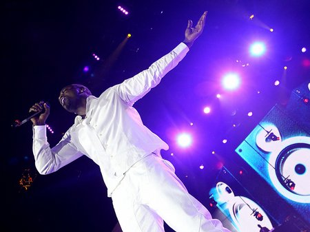 Akon performing at the Jingle Bell Ball