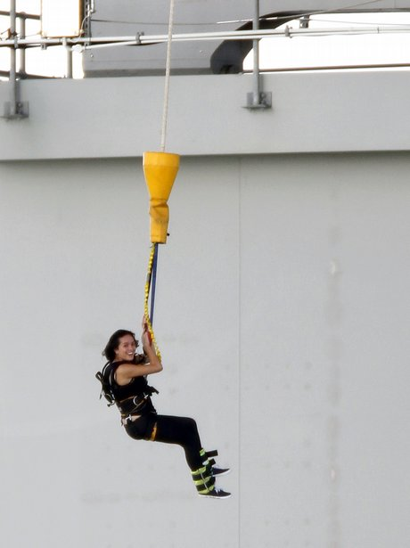 Katy Perry bungee Jump