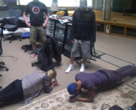 The Wanted planking on Twitter