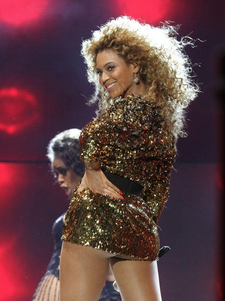 Beyonce live at Glastonbury