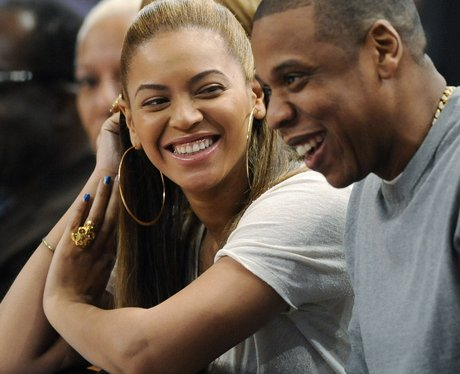 Beyonce and Jay Z attend Basketball game