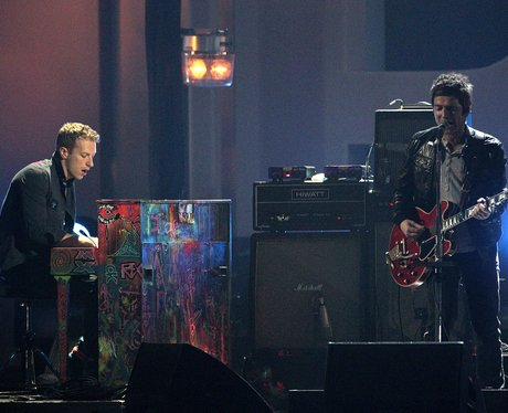 Chris Martin and Noel Gallagher