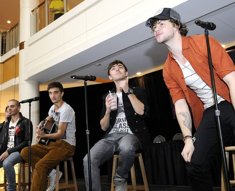 The Wanted perfom In Canada
