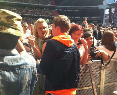 Conor Maynard With The Crowd