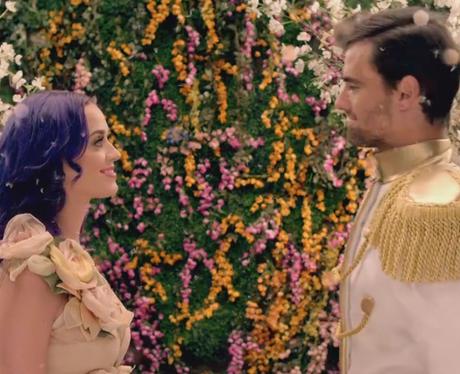 Katy perry 'Wide Awake' video