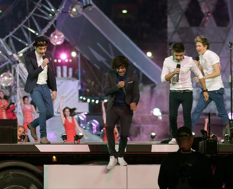 One Direction sing live at the Olympics closing cermeony.