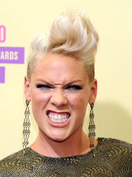 Pink arrives at the MTV VMA 2012 Awards