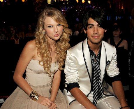 Taylor Swift and Joe Jonas at the MTV VMAs 2008