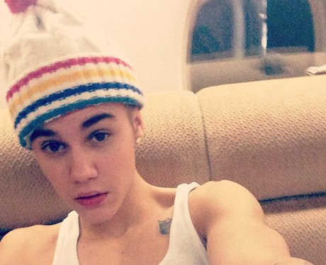 Justin Bieber wearing a bobble hat