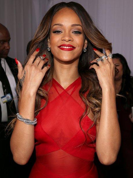 Rihanna arrives at the Grammy Awards 2013