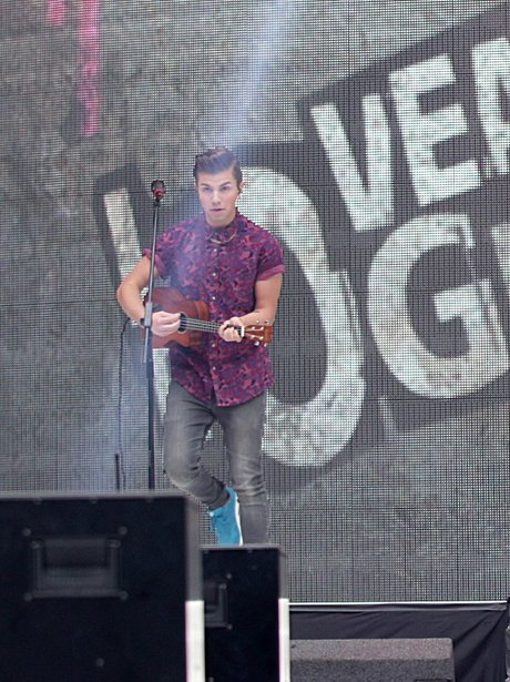 Loveable Rogues At The Summertime Ball 2013