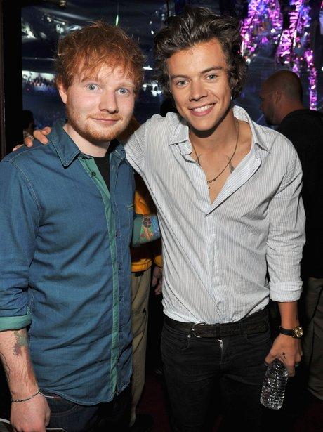 Harry Styles and Ed Sheeran Teen Choice Awards 2013 backstage