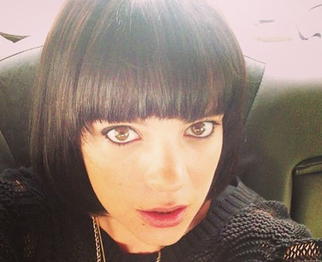 Lily Allen Cooper with new bob hair do