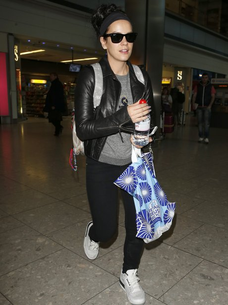 Lily Allen arriving at the airport