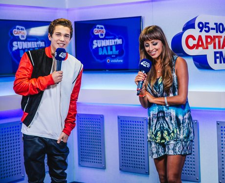 Austin Mahone backstage at the Summertime Ball 201