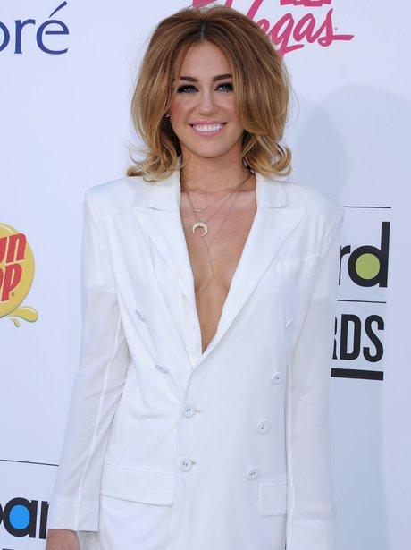 Miley Cyrus Billboard Awards 2012