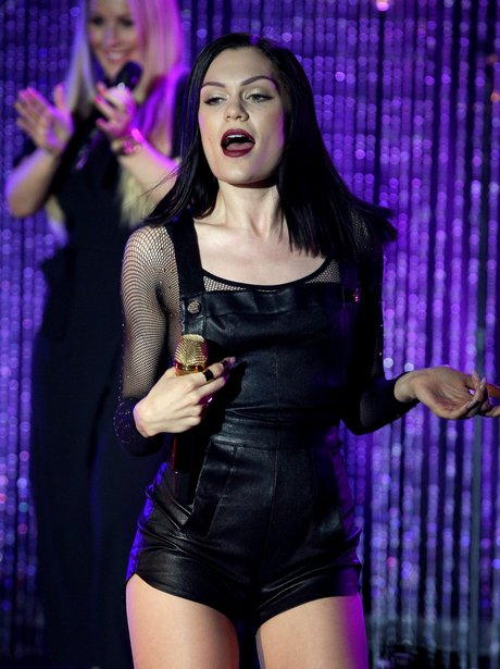 Jessie j performs for MTV