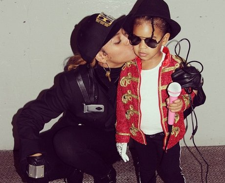 Beyonce and Blue Ivy dressed as Janet Jackson