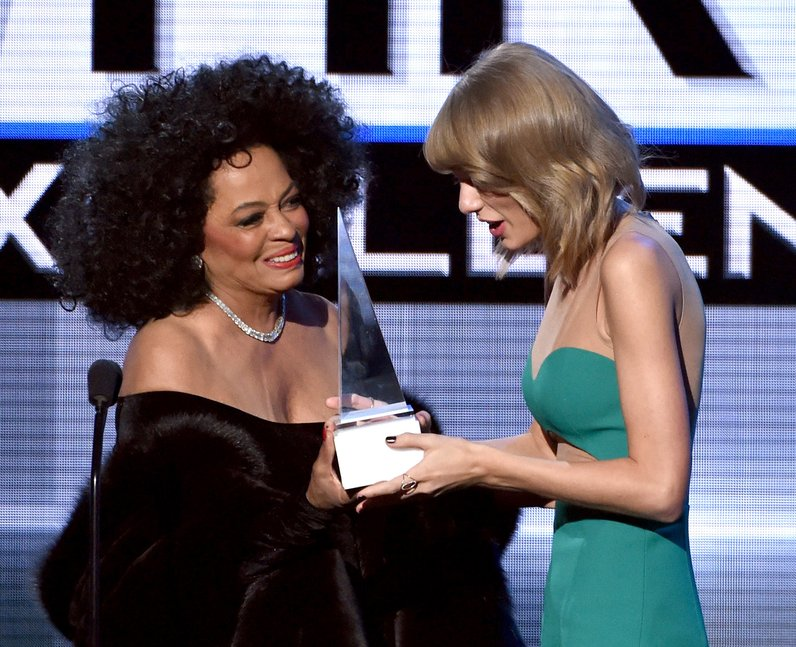 Diana Ross and Taylor Swift on stage American Musi