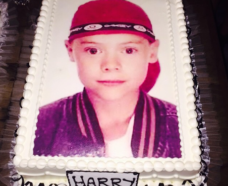 Aww its birthday cake throwback style as Harry Styles turns 21