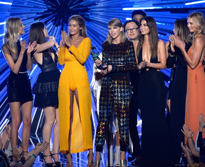 Taylor Swift wins the Video Of The Year award at t