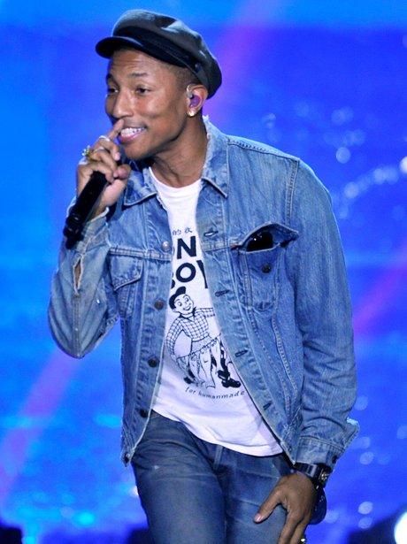 Pharrell Williams performs at the 2016 Breakthroug