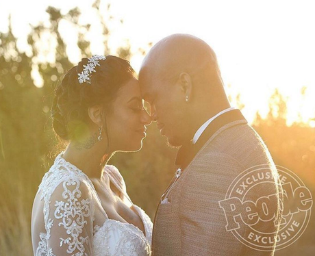 Ne-yo marries Crystal Renay