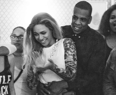 Beyonce and Jay-Z cosy up backstage during Formati