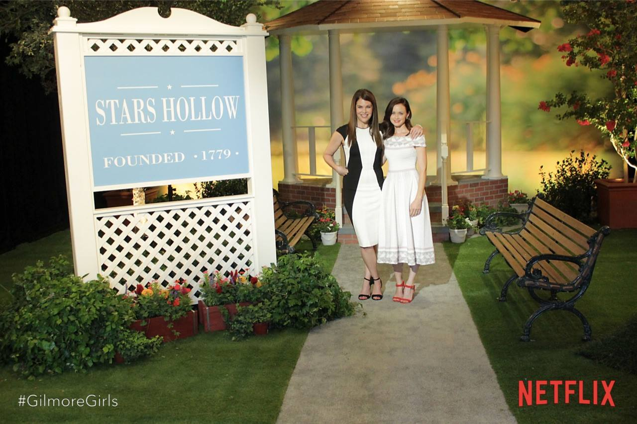 Gilmore Girls returns to Netflix on 25th November