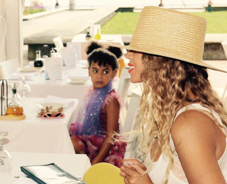 Beyonce holidays with Blue-Ivy and Jay-Z