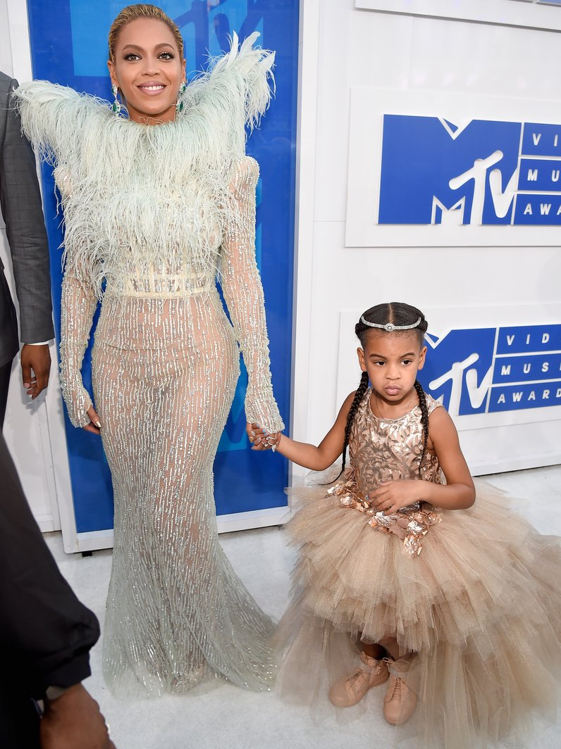 Beyonce and Blue Ivy MTV VMAs Red Carpet Arrivals