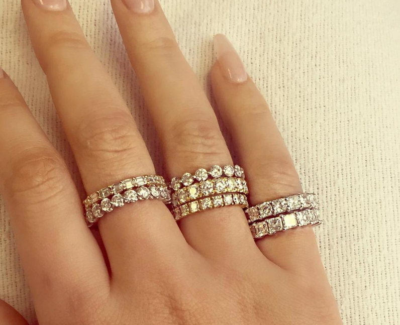 Iggy Azalea is gifted 7 diamond rings from French