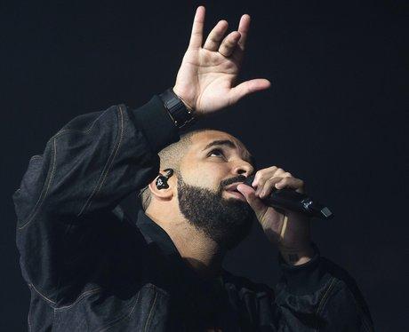 Drake performing at Madison Square Gardens