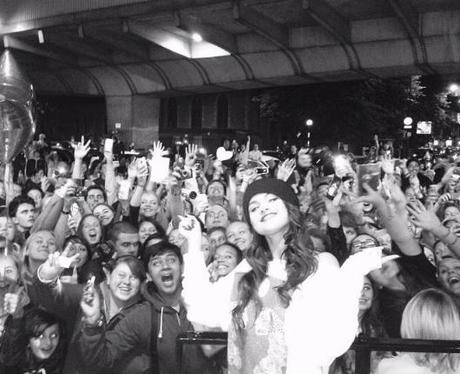Selena Gomez thanks fans on instagram