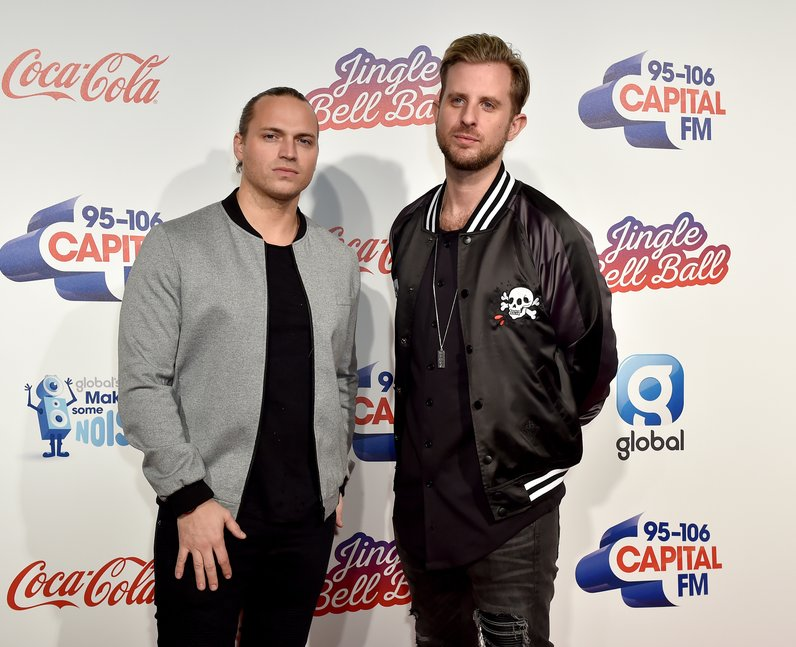 Sigma Jingle Bell Ball 2016 Red Carpet