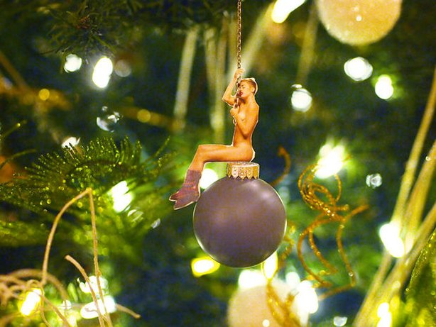 Miley Cyrus Bauble