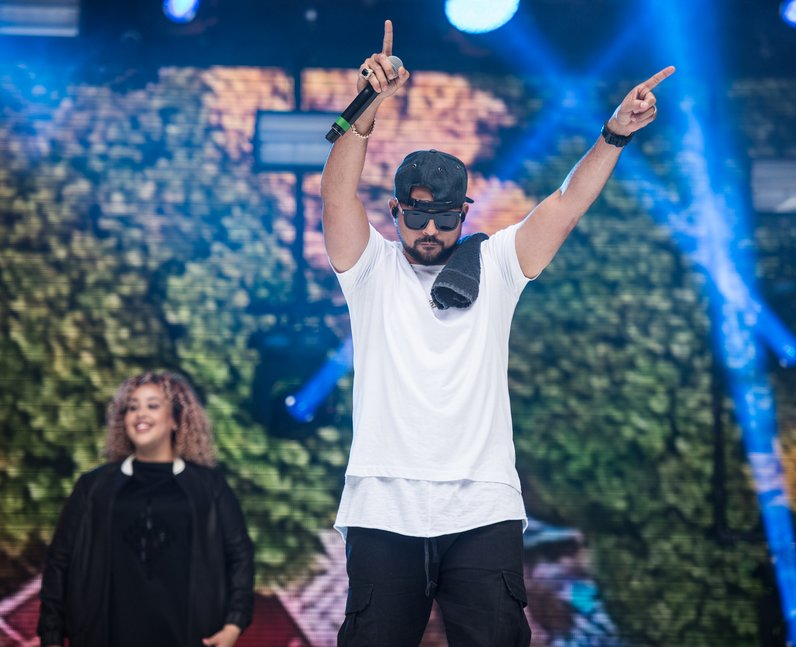Clean Bandit and Sean Paul at the Summertime Ball
