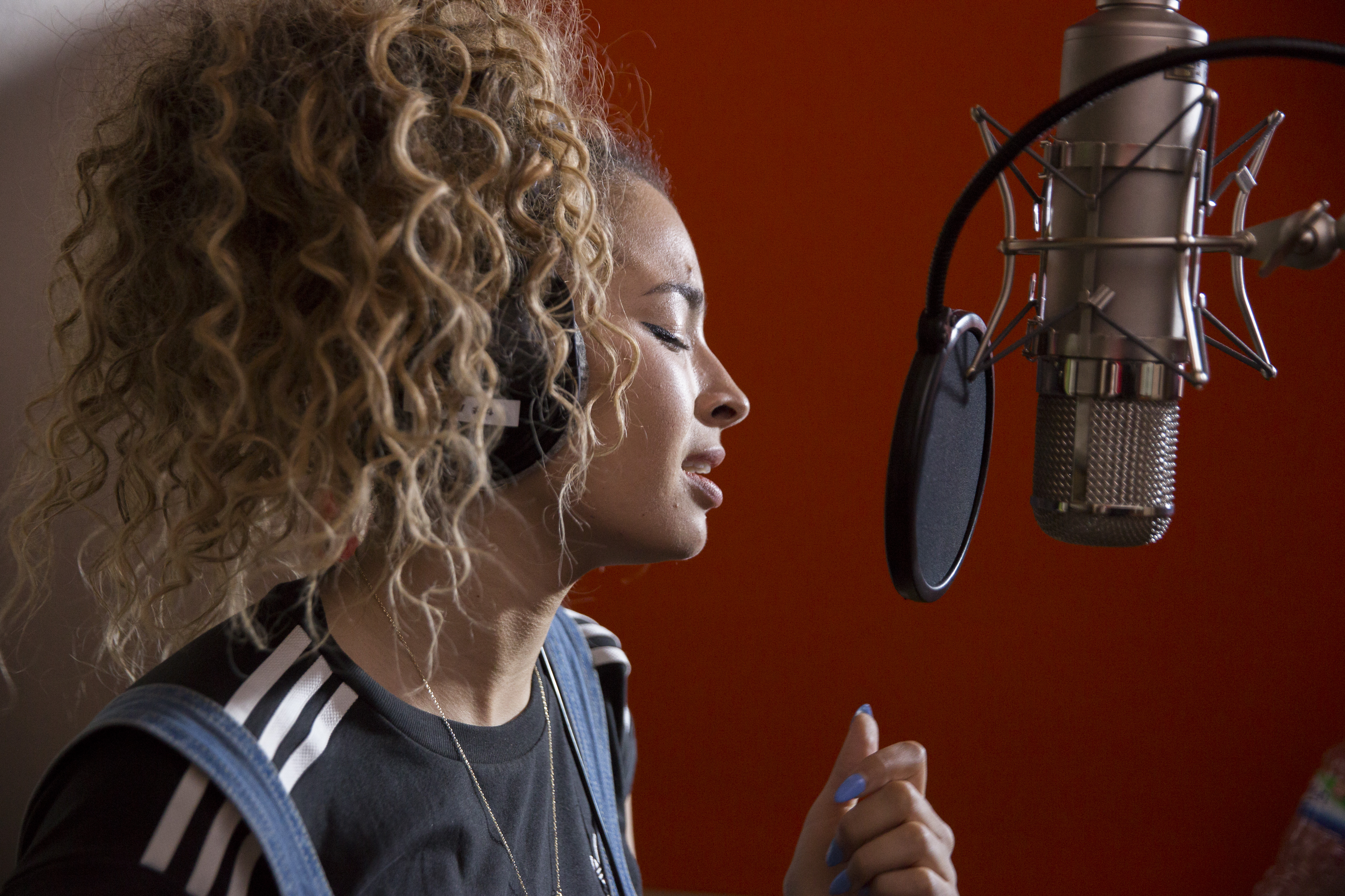 Grenfell Behind the scenes Ella Eyre