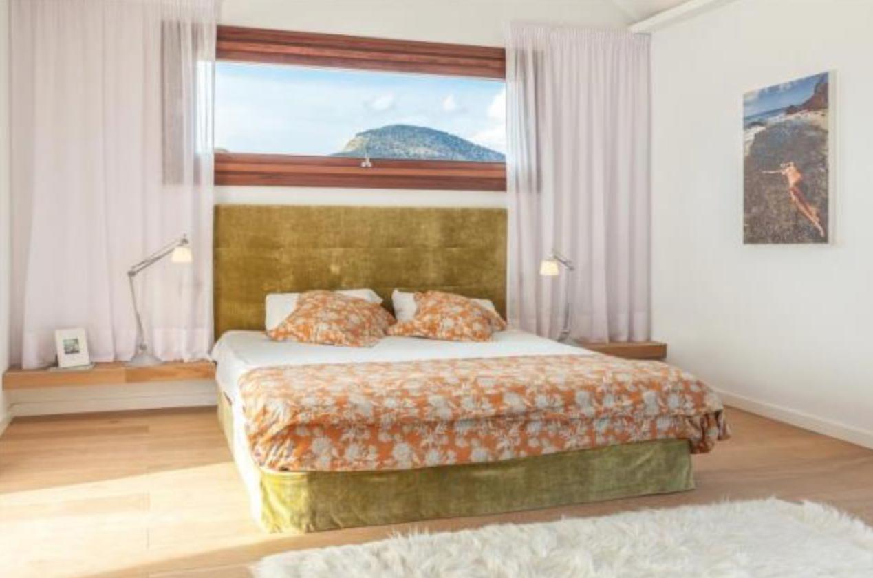 Love Island Villa