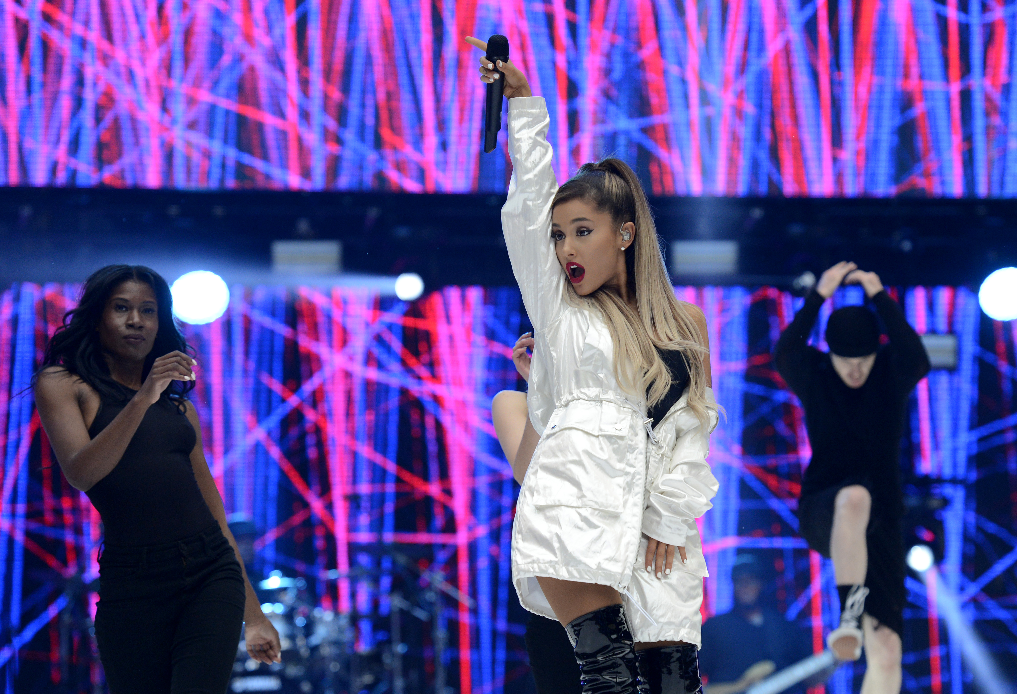 Ariana Grande Capital FM Summertime Ball 2016