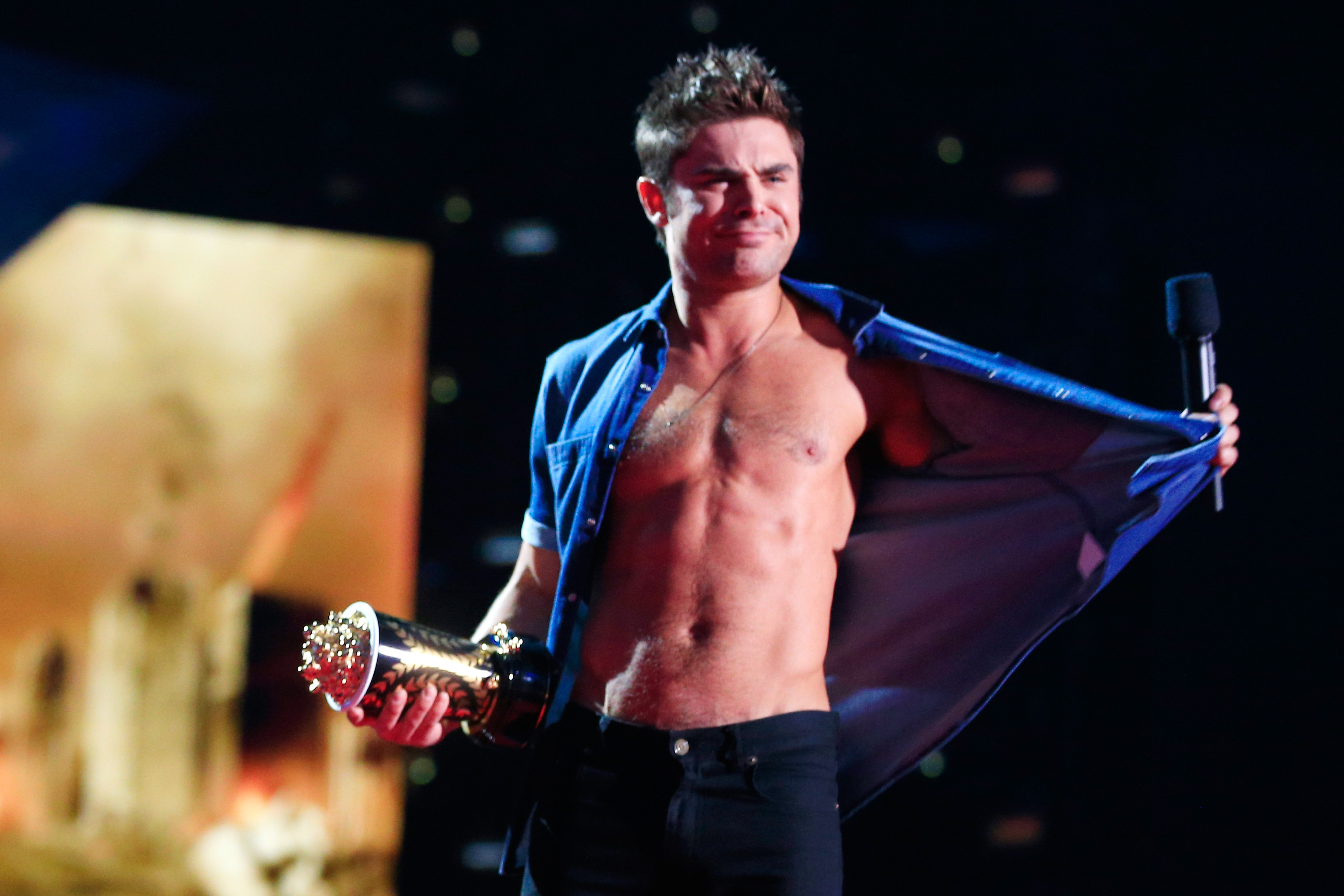 Zac Efron 2014 MTV Movie Awards