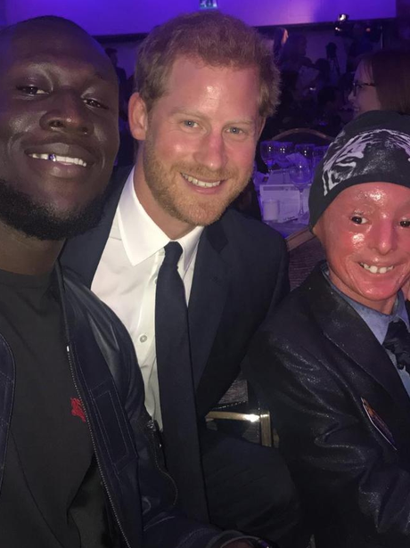 Stormzy gets photobombed by Prince Harry