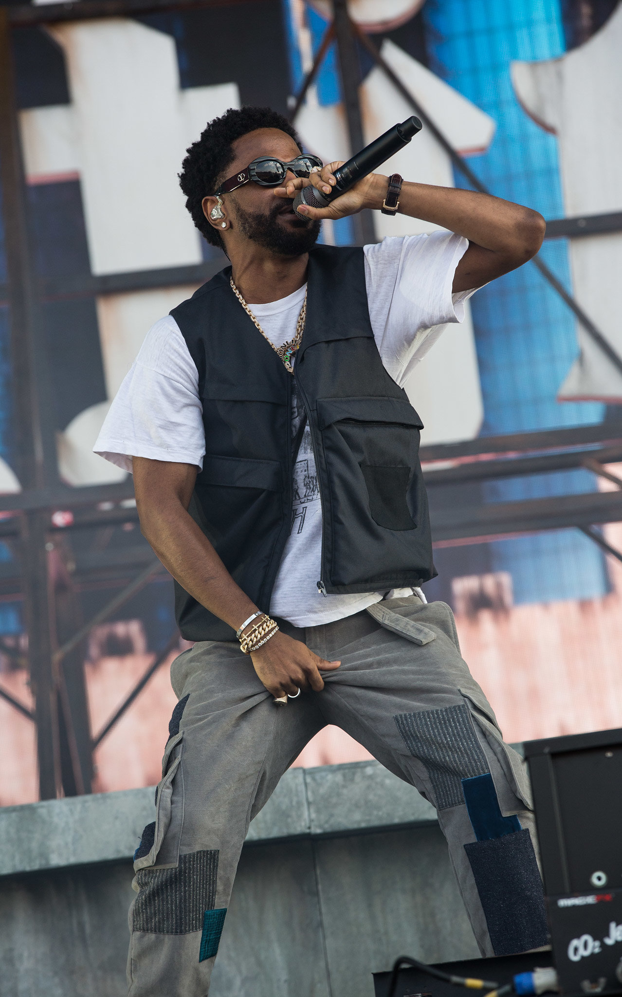 Big Sean performs at Wireless Festival