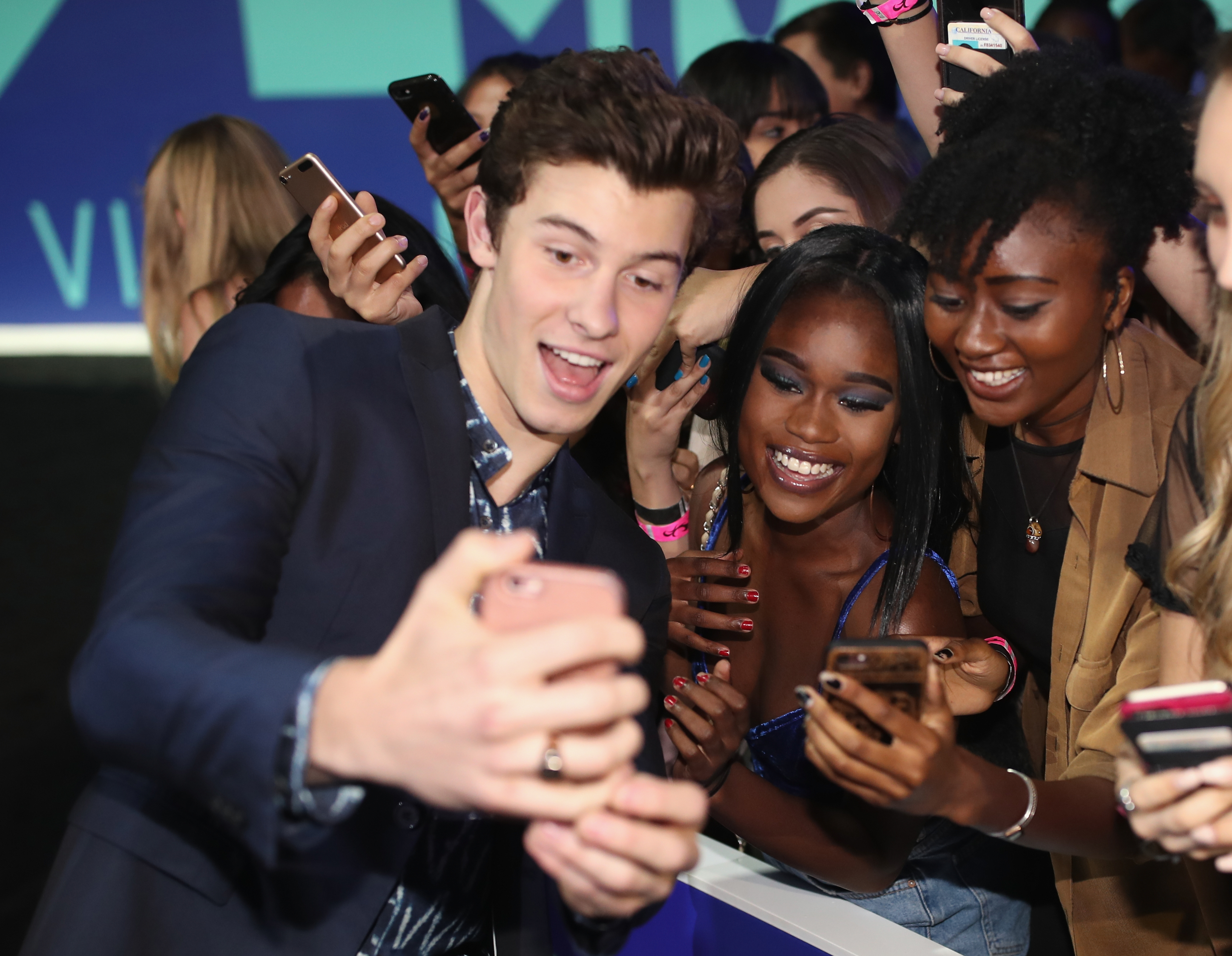 Shawn Mendes 2017 MTV Video Music Awards