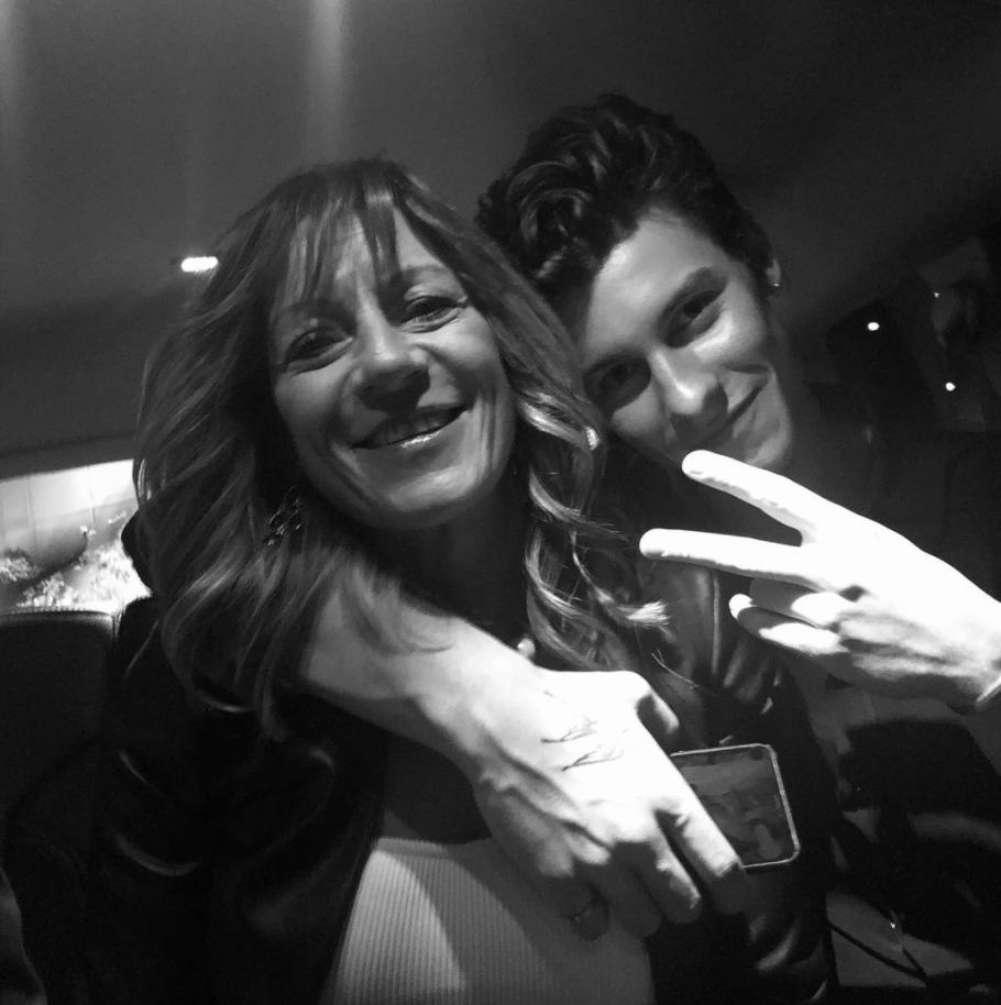 Shawn Mendes and mum