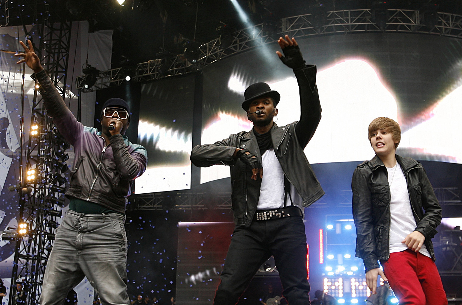 Usher, will.i.am and Justin Bieber Summertime Ball