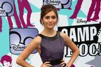 Image 5: Alyson Stoner on the red carpet