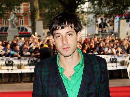Mark Ronson on the red carpet