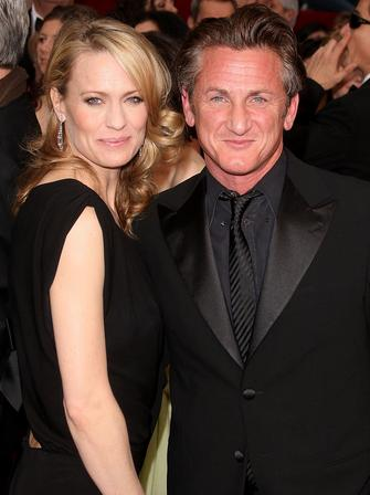 Sean Penn and Robin Wright-Penn at The Oscars 2009